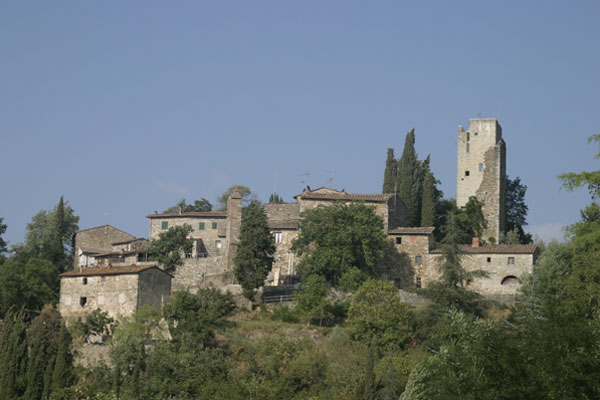 Barbischio (600Wx400H) - The fortified village - photo courtesy of Paolo Ramponi - castellitoscani.com