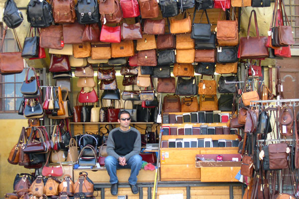 Typical leather shop (600Wx400H) - Typical leather booth close to Piazza Signoria...(Photo by Marco De La Pierre)