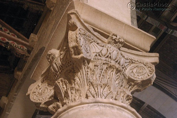 Carved capital (600Wx400H) - Carved column inside the Basilica. (Photo by Paolo Ramponi)