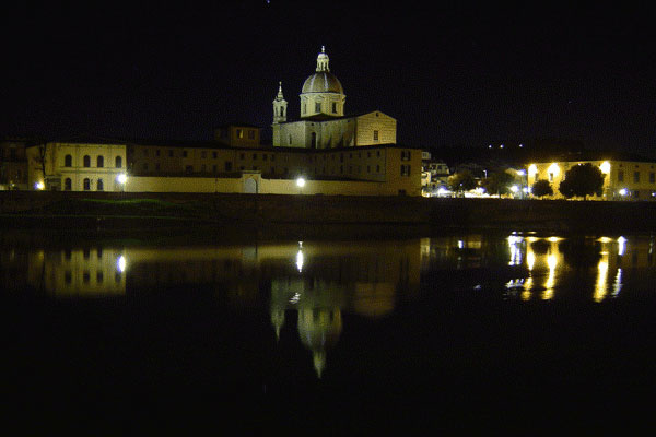 Cestello church (600Wx400H) - Chiesa del Cestello in Santo Spirito seen by night (Photo by Fabio, Internet Station Service in Largo Alinari, 30)