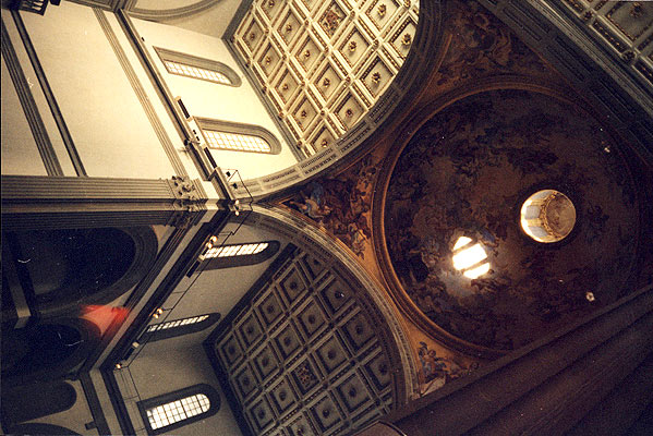 San Lorenzo's ceilings (599Wx400H) - Looking up at a painted chapel in San Lorenzo