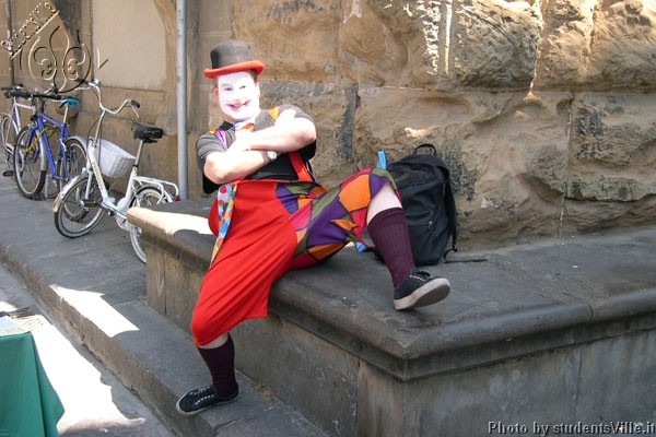 Clown (600Wx400H) - Clown in San Lorenzo...(Photo by Marco De La Pierre)