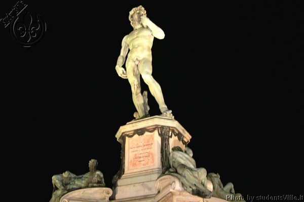 David (600Wx400H) - Michelangelo's David in Piazzale Michelangelo. This is one of the two copies in Florence (the other one is in Piazza della Signoria). The original one is in Galleria dell'Accademia. (Photo by Marco De La Pierre)