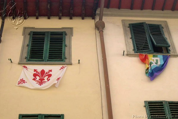 Florentine Flag (600Wx400H) - August 2003: after the announcement that the Florence team