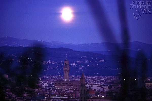 Download Florence by Night (600Wx400H)