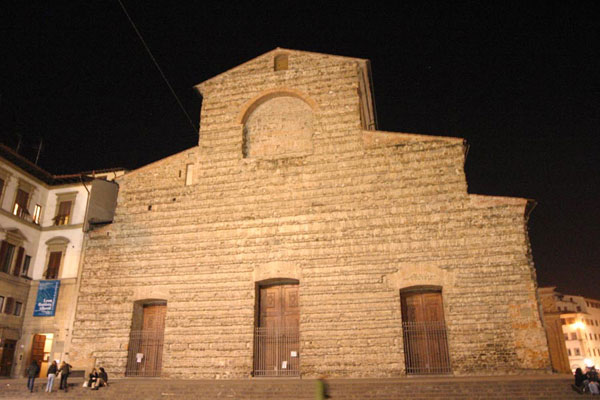 San Lorenzo  (600Wx400H) - The facade of San Lorenzo by Night (Photo by Paolo Ramponi)