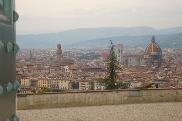 View from San Miniato (600Wx400H) - View of Florence from San Miniato (Photo by Sophie Destree, Belgium)